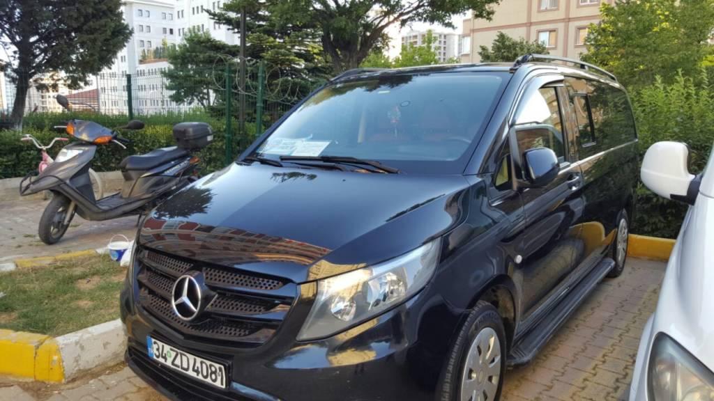 سيارة مع سائق في اسطنبول